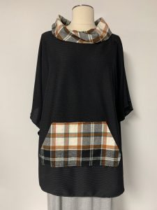 poncho 29 blk rust plaid 1of k $59