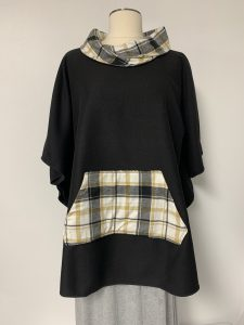 poncho 30 blk gold plaid 1 of k $59